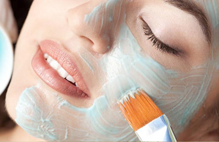 3 meilleures recettes de masque pour peau grasse