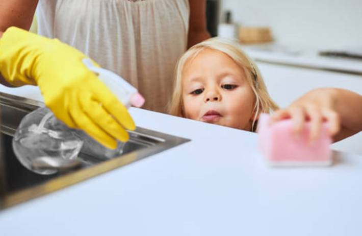 comment entretenir et nettoyer un plan de travail lamifié ou stratifié