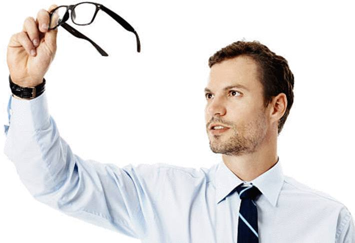 avec quoi effacer rayure lunettes