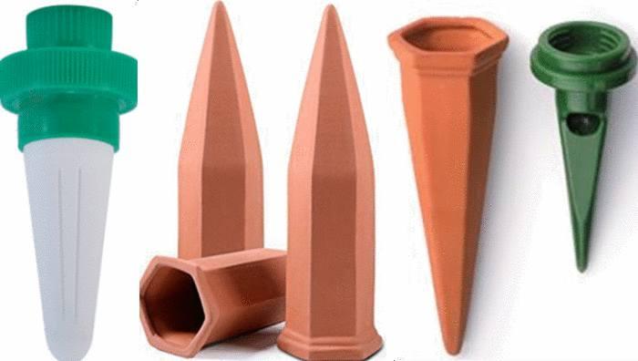 cones système pour arroser plante pendant vacances