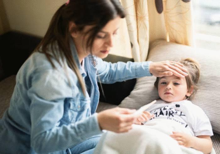 comment faire baisser la fièvre d'un enfant