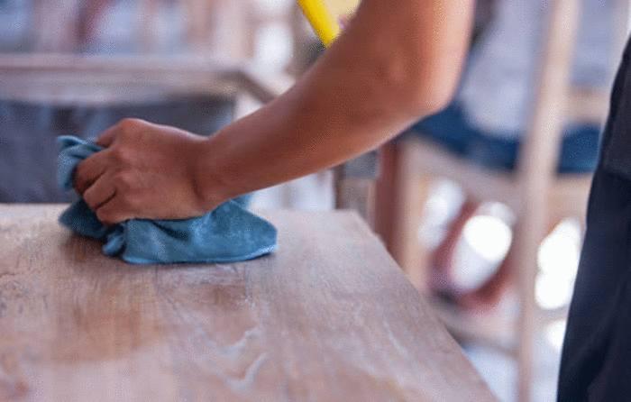 comment reparer et renover table en bois