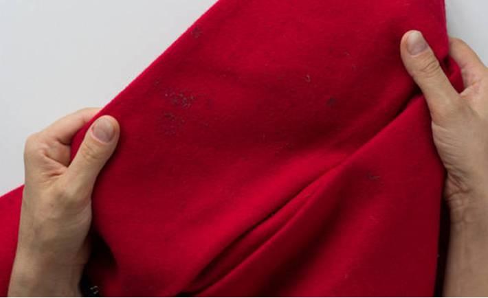 comment enlever une tache sur un vêtement couleur