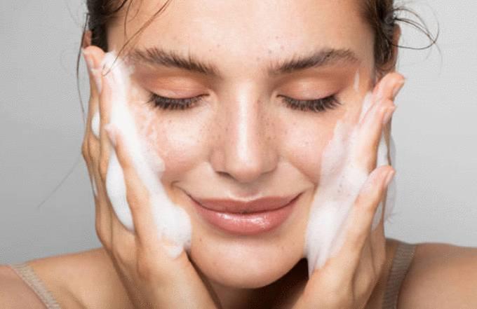 meilleure astuce pour enlever tache sur le visage