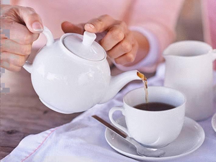 comment enlever une tache de thé