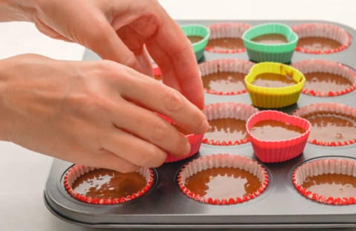 comment nettoyer et désodoriser un moule gâteau silicone