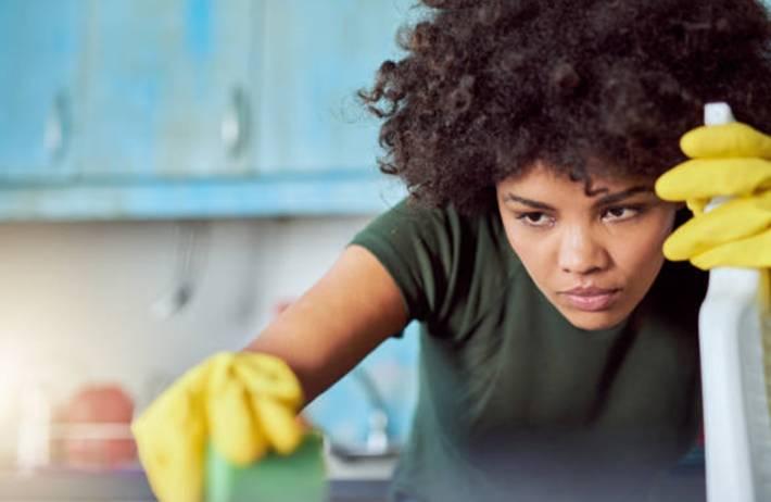 comment faire des nettoyants naturels ? 17 recettes de produits