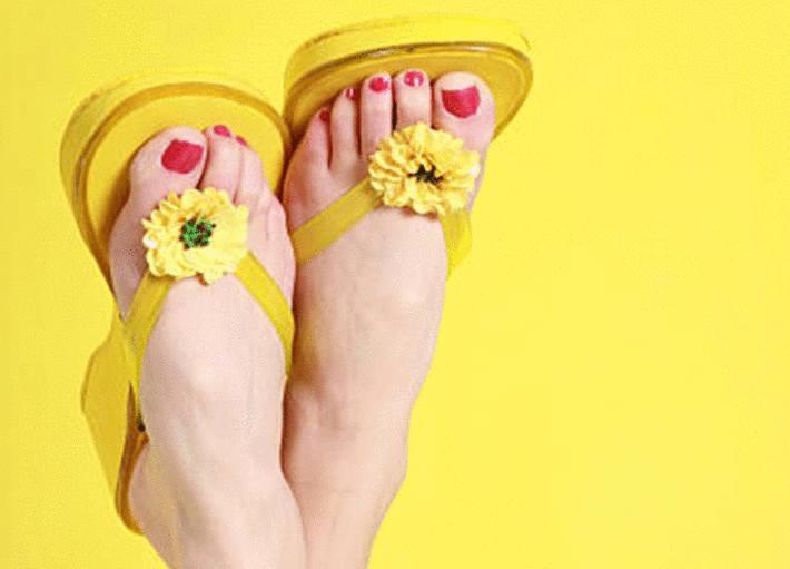 comment enlever odeur de pied dans sandales ou claquettes