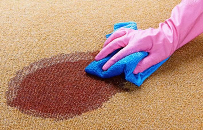 meilleur nettoyant pour enlever une tache de sang