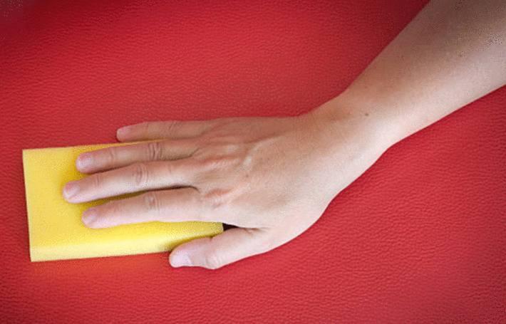 comment enlever une tache de sang sur du cuir
