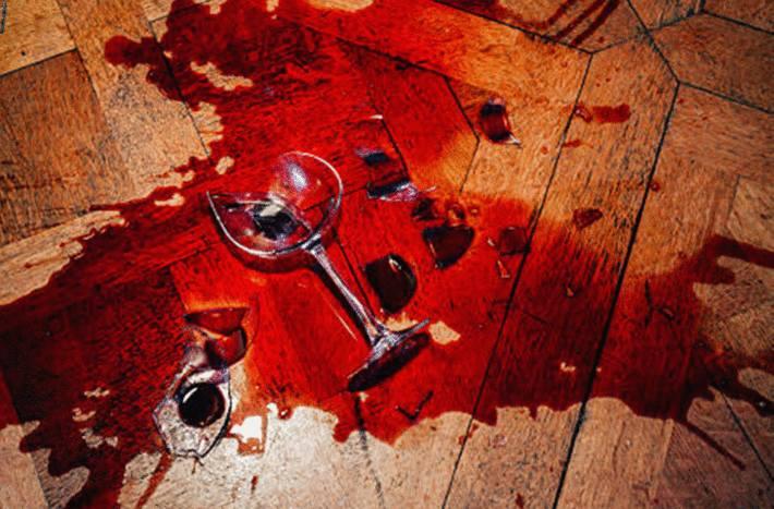 comment nettoyer une tache de vin sur du bois
