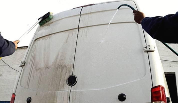 lavage camion comment nettoyer l'utilitaire