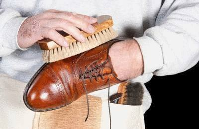 enlever tache sur chaussure en cuir
