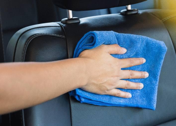 astuce pour nettoyer siège voiture