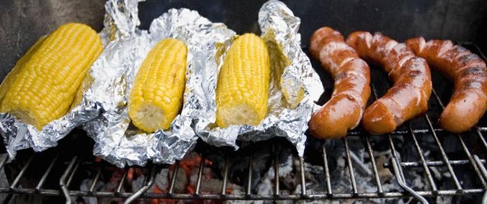 faire cuire des plats dans la cheminée