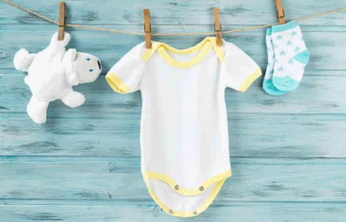 astuce pour nettoyer tache vetement bébé