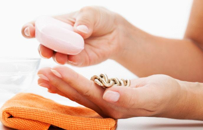 comment nettoyer un bijou en argent