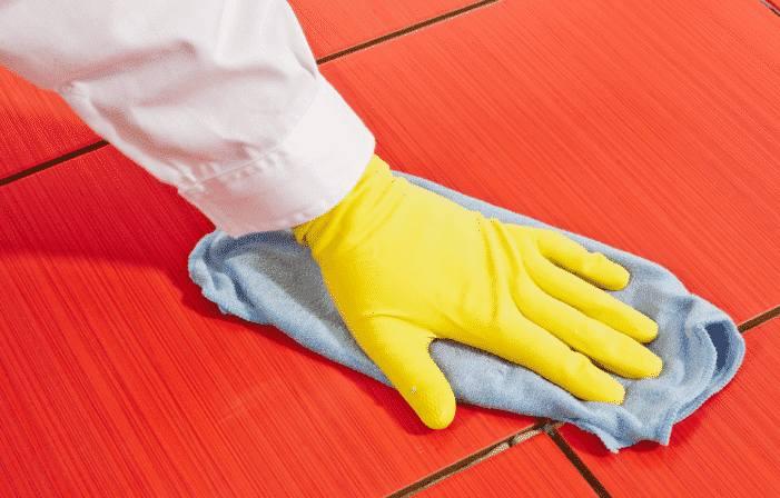 comment nettoyer traces de ciment sur le carrelage