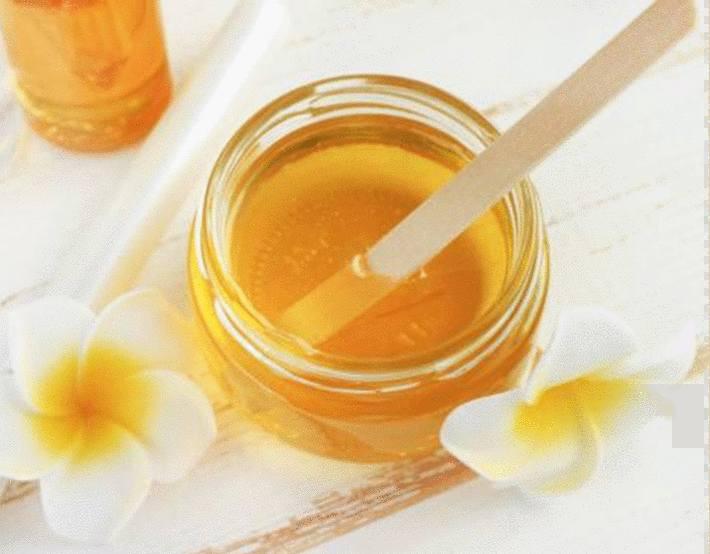 miel pour soigner boutons et irritations
