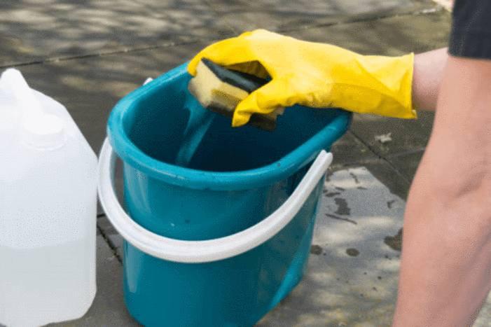 Entretenir et nettoyer terrasse carrelage